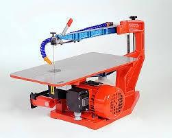 Hegner Multicut- 2S mit elektrischem Fußpedal