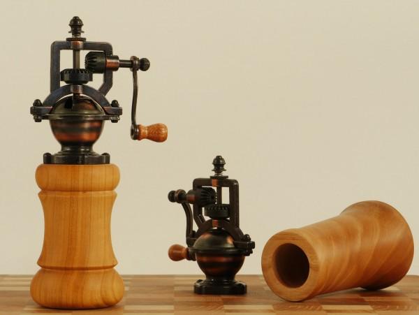Retromühle mit Holz